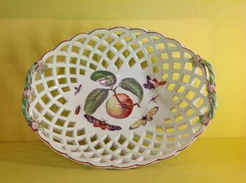 A Derby large pierced oval basket