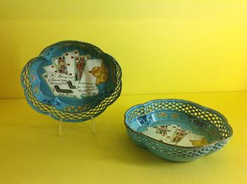 A pair of George III English enamel counter dishes