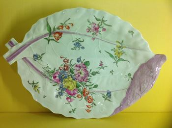 A Worcester large leaf shaped dish