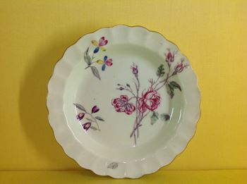 A rare Worcester small plate