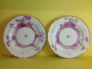 A rare pair of Chelsea small plates
