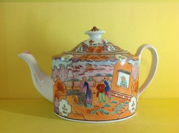 A New Hall teapot and cover