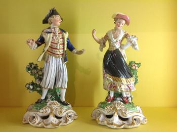 An unusual pair of Derby figures