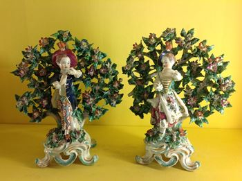 A pair of Bow figures of 'New Dancers'