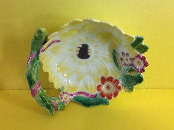 A rare Derby small sunflower shaped dish