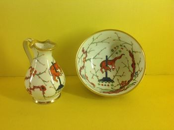 An unusual Derby miniature ewer and basin