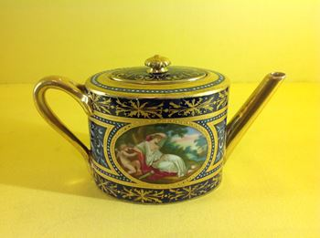 A 'Vienna' miniature teapot and cover