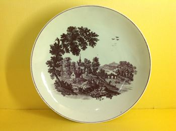 A rare Worcester saucer dish