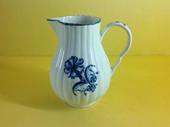 A Worcester milk jug