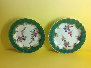 A pair of Worcester small plates