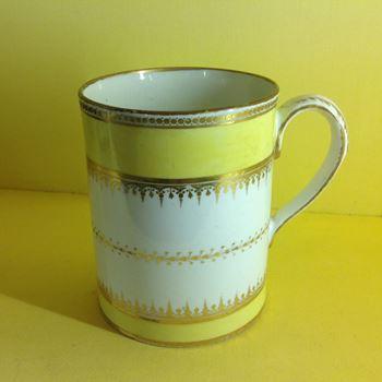 A Chamberlain's Worcester large mug