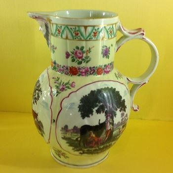 A Worcester large yellow ground cabbage leaf jug