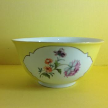 A Meissen yellow ground round bowl