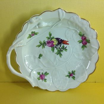A Worcester 'Blind Earl' sweetmeat dish