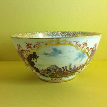 A fine Meissen round bowl
