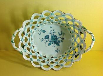 A rare Worcester pierced oval basket