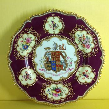 A very fine Chamberlain's Worcester plate
