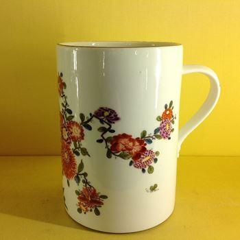 A fine Meissen large cylindrical mug