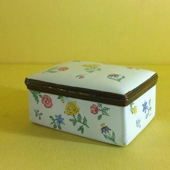 A German enamel rectangular snuff box