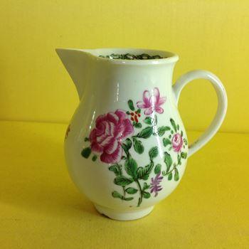 A Bristol sparrow beak milk jug