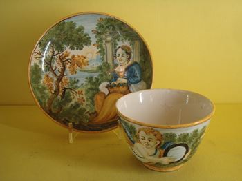 A Castelli tea bowl and saucer