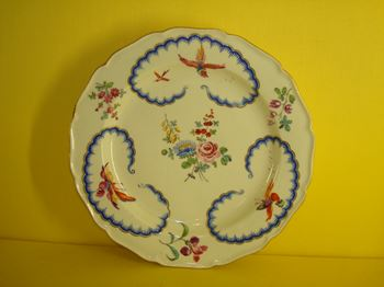 A Worcester Giles decorated plate