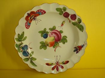 A Worcester plate