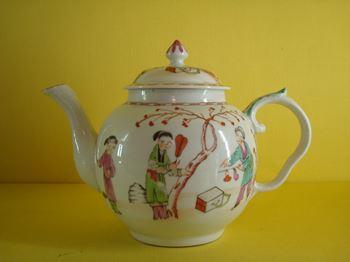 A fine Bristol teapot and cover
