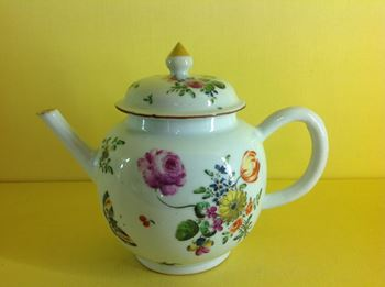 A good Giles decorated Chinese teapot and cover