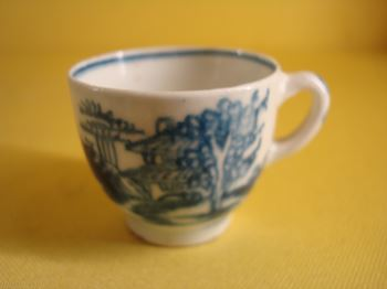 A rare Bow miniature coffee cup